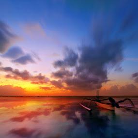 Langkah Pagi by Alit  Apriyana - Transportation Boats
