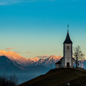Sunset by Mario Horvat - Buildings & Architecture Places of Worship ( muontains, autumn, sunset, jamnik, chapel )