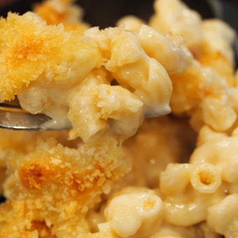 Pressure Cooker Four Cheeses Macaroni