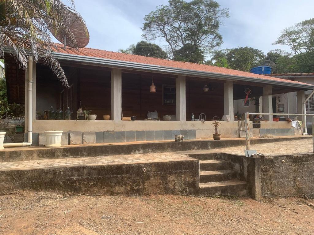 Sítio com 4 dormitórios à venda, 1900 m² por R$ 300.000,00 - Campo Novo - Bragança Paulista/SP