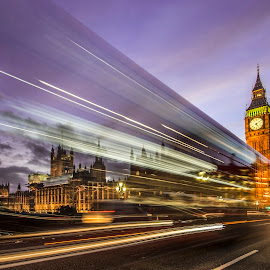 Busy day by Adrian Ivanciu - Buildings & Architecture Public & Historical ( center, traffic, sky, moving, london, sunset, city lights, city life, westminster, big ben, city )
