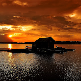 Trahean by Wira Agt - Landscapes Sunsets & Sunrises ( sore, hean, senja, tra, lake )