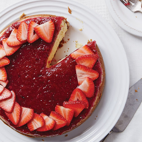 Cheesecake with Charred Rhubarb Compote and Sliced Strawberries
