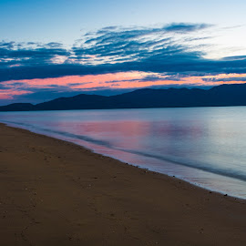 Morning peaceful by Liz Goodenough - Landscapes Beaches