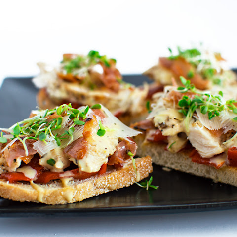Chicken Caesar Crostini