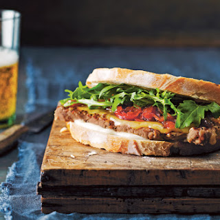 Steak Sandwiches With Caramelized Onions
