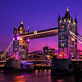 Tower bridge by Piotr Owczarzak - Buildings & Architecture Bridges & Suspended Structures ( great britan, purple, night photography, london, bride, night shot )