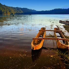 Sepasang  by Anta Abine Hiro - Transportation Boats ( boats )