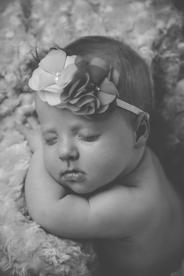 (17) 2018-06-18 by Richelle Wyatt - Babies & Children Babies