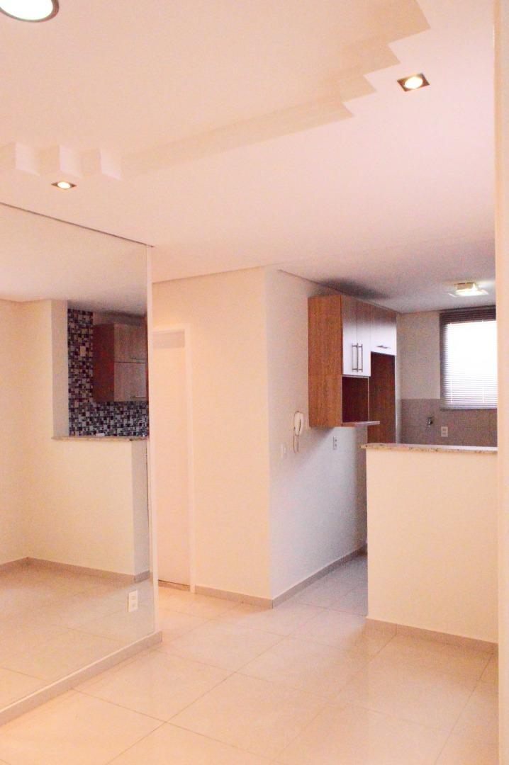 Apartamento com 2 dormitórios à venda, 45 m² por R$ 200.000 - Loteamento Industrial Machadinho - Americana/SP