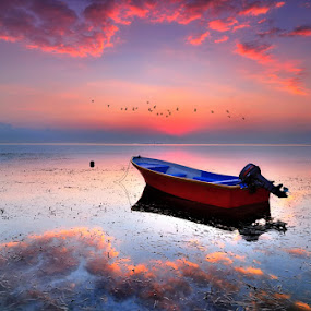 morning fantasy by Herry Suwondo - Transportation Boats ( bali, sanur )