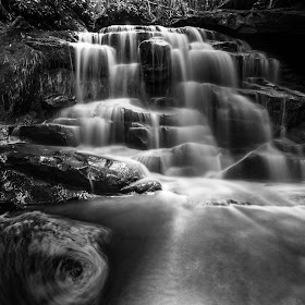 Ekalaka Falls B & W-6690.jpg