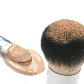 Foundation by Martin Burnett - Products & Objects Business Objects ( face, powder, cosmetics, spill, foundation, brush, kabuki )