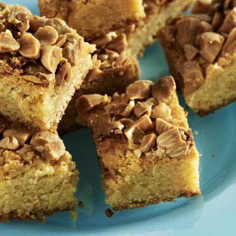 White Chocolate and Almond Blondies