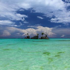 Boracay morning by Eric Ebling - Landscapes Beaches ( sky, canon 5d mark2, blue, green, beach, philippines )