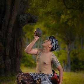 Dahagaku by Tu Eka - People Portraits of Men