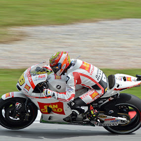 Alvaro Bautista MotoGP Sepang 2012 by Mohd Hisyam Saleh - Sports & Fitness Motorsports ( motogp, bautista, 2012, alvaro, malaysia )