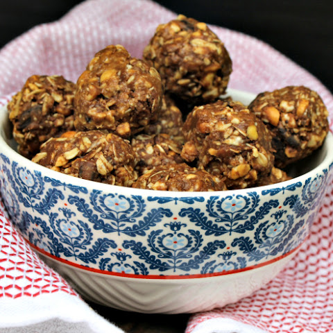 Diabetic Friendly No Bake Peanut Butter Energy Bites