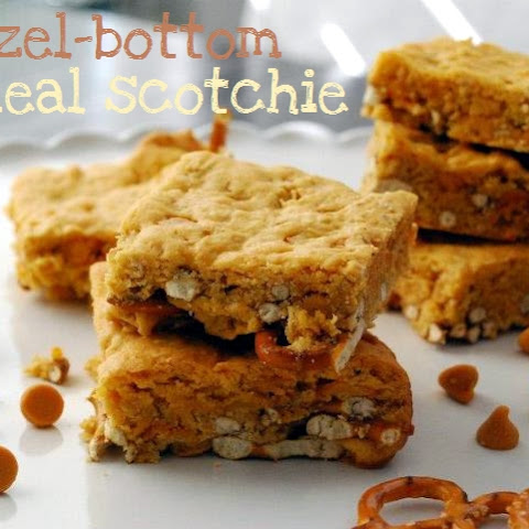 Pretzel-Bottom Oatmeal Scotchie Bars