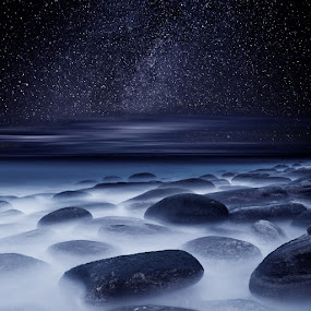 Far, far Away by Jorge Maia - Landscapes Starscapes