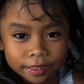 Aisy Salma by Dody Mawardi - Babies & Children Child Portraits ( child, girl, portrait, kid,  )