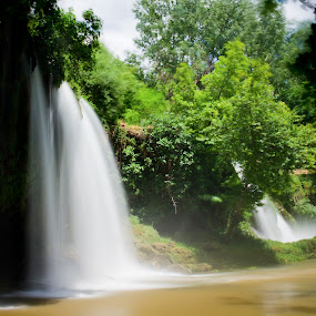 düden waterfall by Samet Işık - Nature Up Close Water
