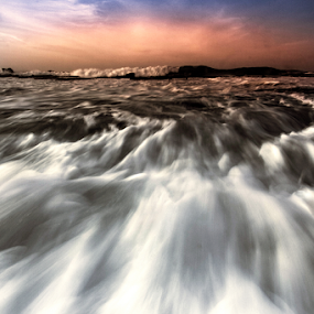 Karang Taraje Beach by Yoeyoed . - Landscapes Beaches