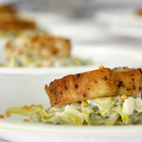 Crab Cakes with Leek Tartare
