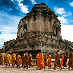 Mantra, Chiang Mai  by Benjamin Arthur - People Street & Candids ( mantra, religion, buddhism, monks, rituals, thailand, benjaminarthur.com, chiang mai )