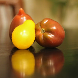 Tiny Toms by Leah Zisserson - Food & Drink Fruits & Vegetables ( tiny, red, colors, heirloom, reflections, yellow, small, tomatoes )