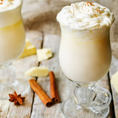 Slow Cooker White Chocolate Hot Chocolate