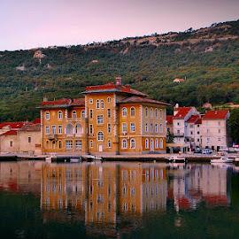 by Zoran Konestabo - City,  Street & Park  Street Scenes