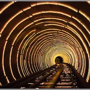 Bund Underground Tunnel - Shanghai.jpg