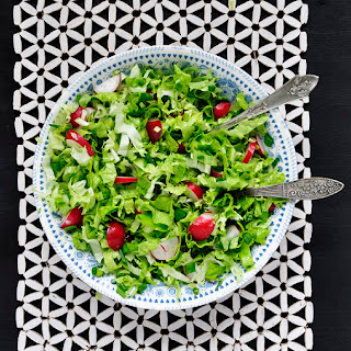 Bulgarian Green Salad With Radishes