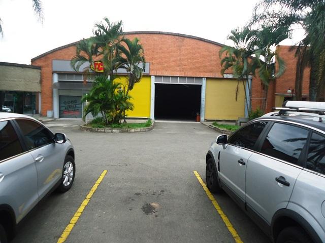 locales en arriendo caribe 594-11850