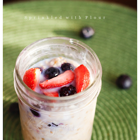 Berry Crumble Overnight Oatmeal