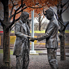 by Darrell Tenpenny - Buildings & Architecture Statues & Monuments