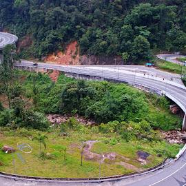 Kelok Sembian by Mulawardi Sutanto - City,  Street & Park  Street Scenes ( mountains, indonesia, street, travel, kelok sembilan )