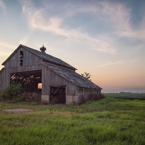 Midwest Farm by Amy Ann - Buildings & Architecture Other Exteriors ( farm, sunset, midwest, farmland, decay, abandoned,  )