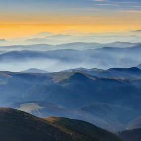 Into thin air by Lucian Satmarean - Landscapes Mountains & Hills ( hills, mountains, fog, sunset, mist )