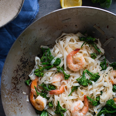 Stir-Fried Chili-Lemon Shrimp and Rice Noodles