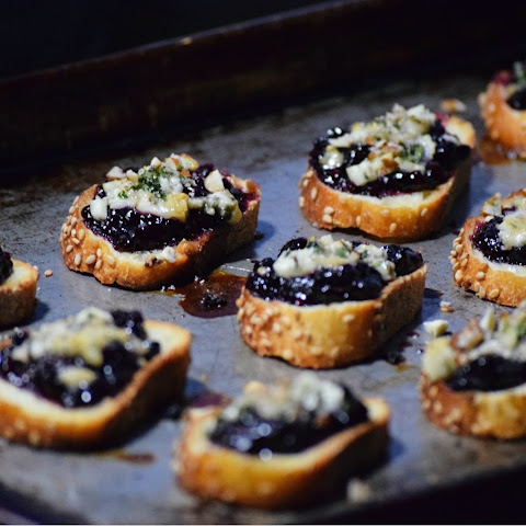 Blackberry & Honey Crostini with Blue Cheese