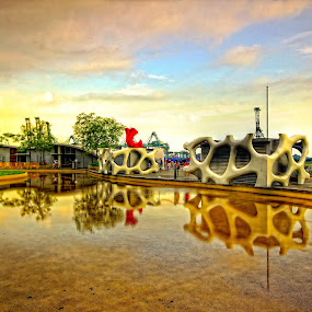 Reflection by Sim  Chee teck - Buildings & Architecture Other Exteriors ( singapore's vivocity reflection water sunset )