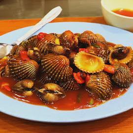 by Dandy Tanuwidjaja - Food & Drink Plated Food