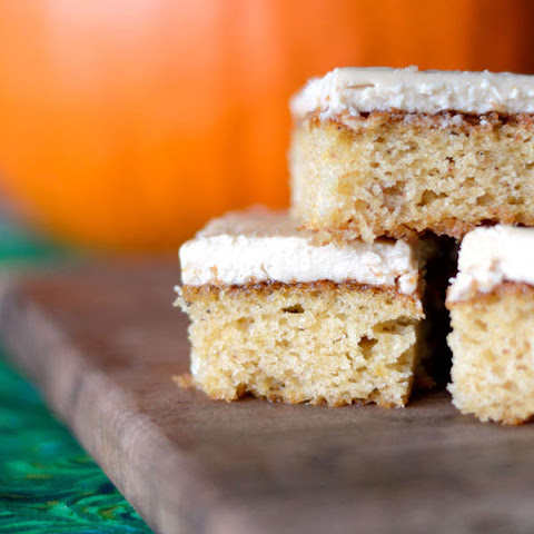 Yummy Caramel Frosted Pumpkin Bars