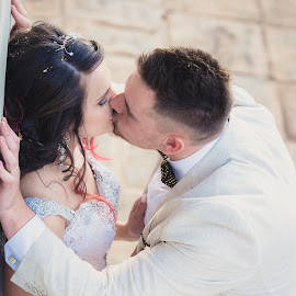Forever and a day by Junita Fourie-Stroh - Wedding Bride & Groom ( kiss, wedding photography, kissing, wedding, south africa, wedding dress, bride and groom, wedding photographer, destination wedding photographers,  )