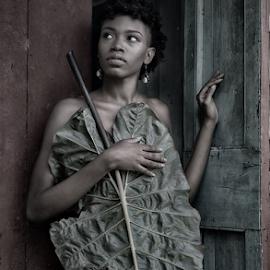 Dominica, Nature Island 2 by Derek Galon - Nudes & Boudoir Boudoir