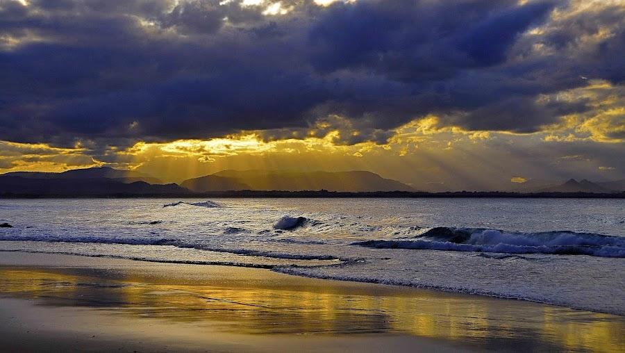 Reflecting Rays  by Graham Nixon - Landscapes Sunsets & Sunrises ( water, clouds, n, sea, ocean, beach, landscape, sun, w, s, byron bay, sunset, australia, light )