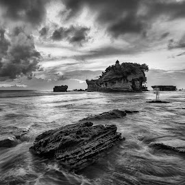 A Silent Storm by Carol Kheng - Landscapes Waterscapes ( #clouds, #tanahlot, #bali, #waves, #indonesia, #storm, #blackandwhite )