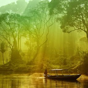 Suatu Pagi Di Situ Gunung by Yoga Pratama - Landscapes Forests ( indonesia )